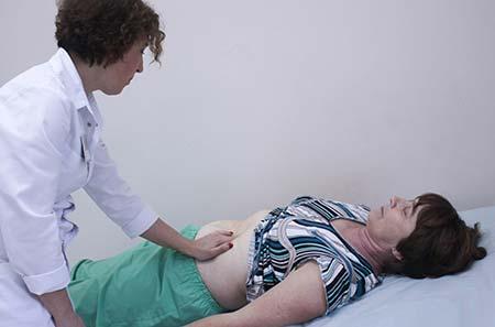 На приеме у врача когда болит живот
